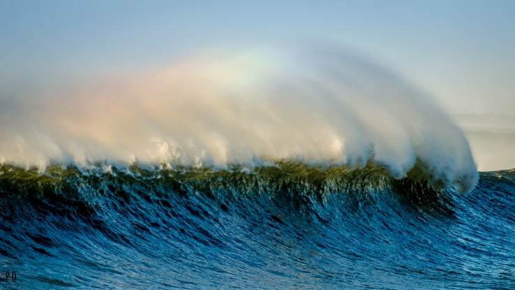 photo of big wave at Seaside Oregon