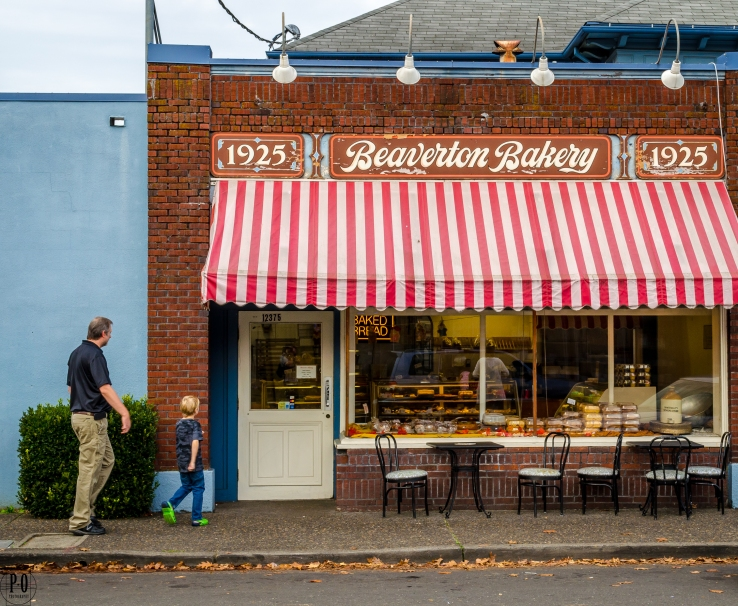 Photo of Beaverton Bakery storefront