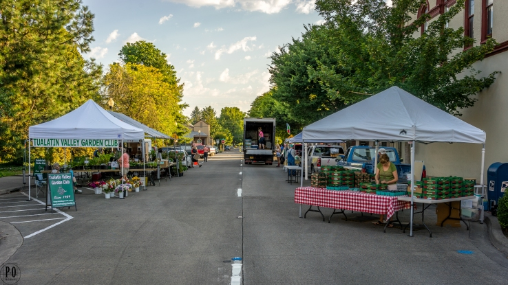 Hillsboro Oregon farmers market street photography
