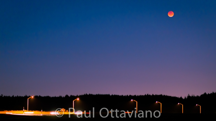 photo of 2015 blood moon lunar eclipse by Paul Ottaviano