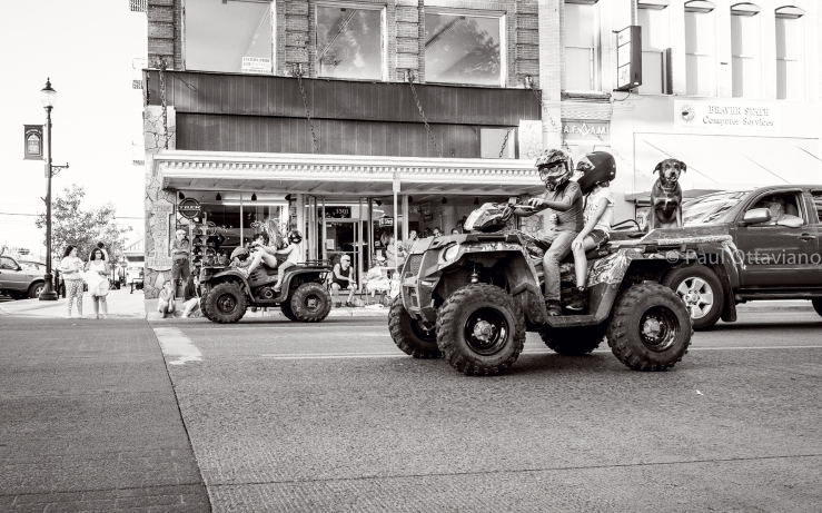 street photography parade La Grande Oregon