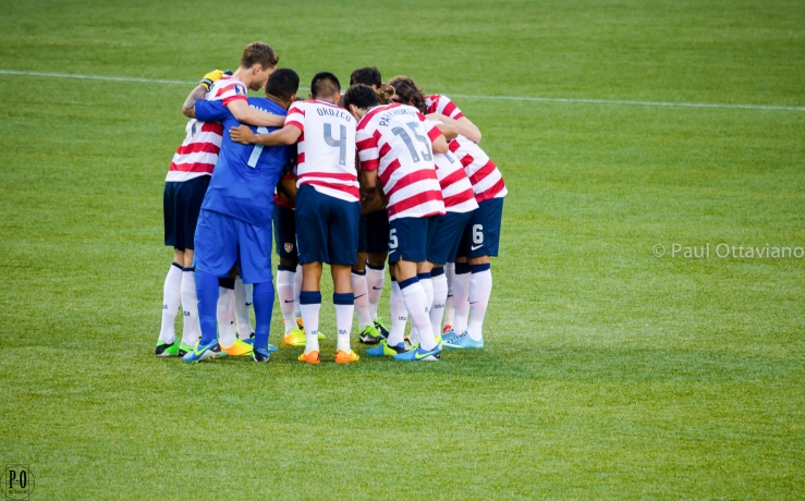 USMNT huddle | Paul Ottaviano Photography